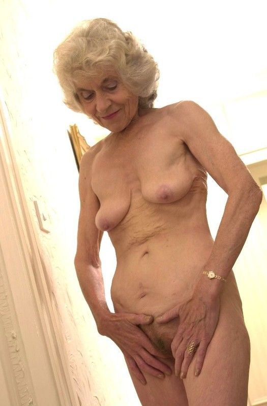 vieille vulve vieille femme cochonne